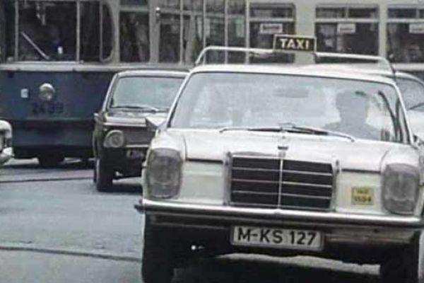 w115-taxi10300013-C021-474B-9C15-94DBBC897AE7.jpg